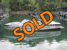 2008 Malibu Wakesetter 23LSV Wakeboard and Surf Boat For Sale on Norris Lake Tennessee at Whitman Hollow Marina