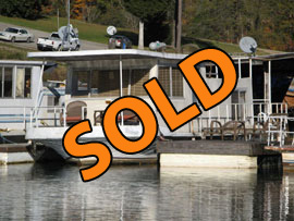 1972 Lakeland 12 x 32 Fiberglass Houseboat For Sale on Norris Lake Tennessee