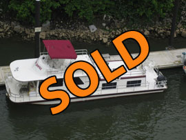 1978 Gibson 14 x 50 Standard Fiberglass Houseboat For Sale on the TN River near Chattanooga Tennessee