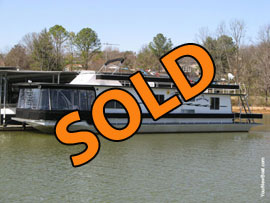 1985/2009 Sumerset 14 x 60 Aluminum Hull Updated Houseboat For Sale on the Lake Loudon Section of the Tennesee River near Knoxville TN