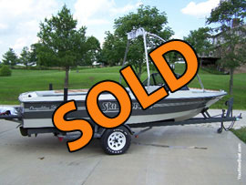 1988 Ski Supreme with 351 and wake board tower For Sale in Indiana