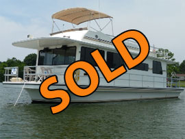 1996 Gibson 44 Executive For Sale on Old Hickory Lake