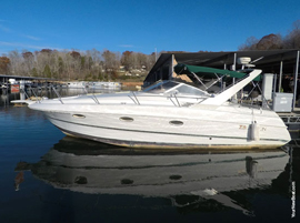 1997 Larson 310 Cabrio Express Cruiser For Sale on Norris Lake TN at Sequoyah Marina