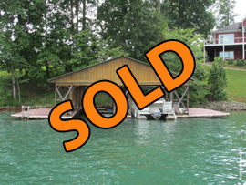 30 x 40 Wood Dock with 2 Covered Boat Slips For Sale on Norris Lake TN near Deerfield Resort