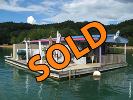 15 x 30 Floating Cottage 450sqft For Sale on Norris Lake TN at Flat Hollow Marina