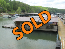 16 x 24 Floating Cabin (Approx 400sqft) For Sale on Norris Lake TN with a transferable slip at Sequoyah Marina