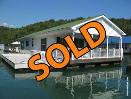 20.5 x 49 Floating Cottage For Sale on Norris Lake TN
