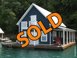 20 x 28 Floating House with 2 Stories and Approx 1100sqft with 3 Bedrooms 1.5 Baths For Sale on Norris Lake Tennessee