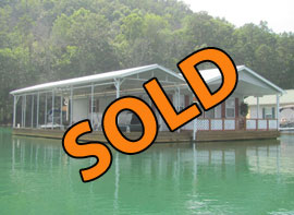 24 x 37 Floating House For Sale Approx 900sqft - 2 Bed - 1 Bath - on Norris Lake TN at Shanghai Resort Marina